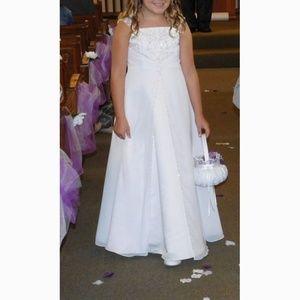 David's Bridal Fg9010 Flower Girl Dress